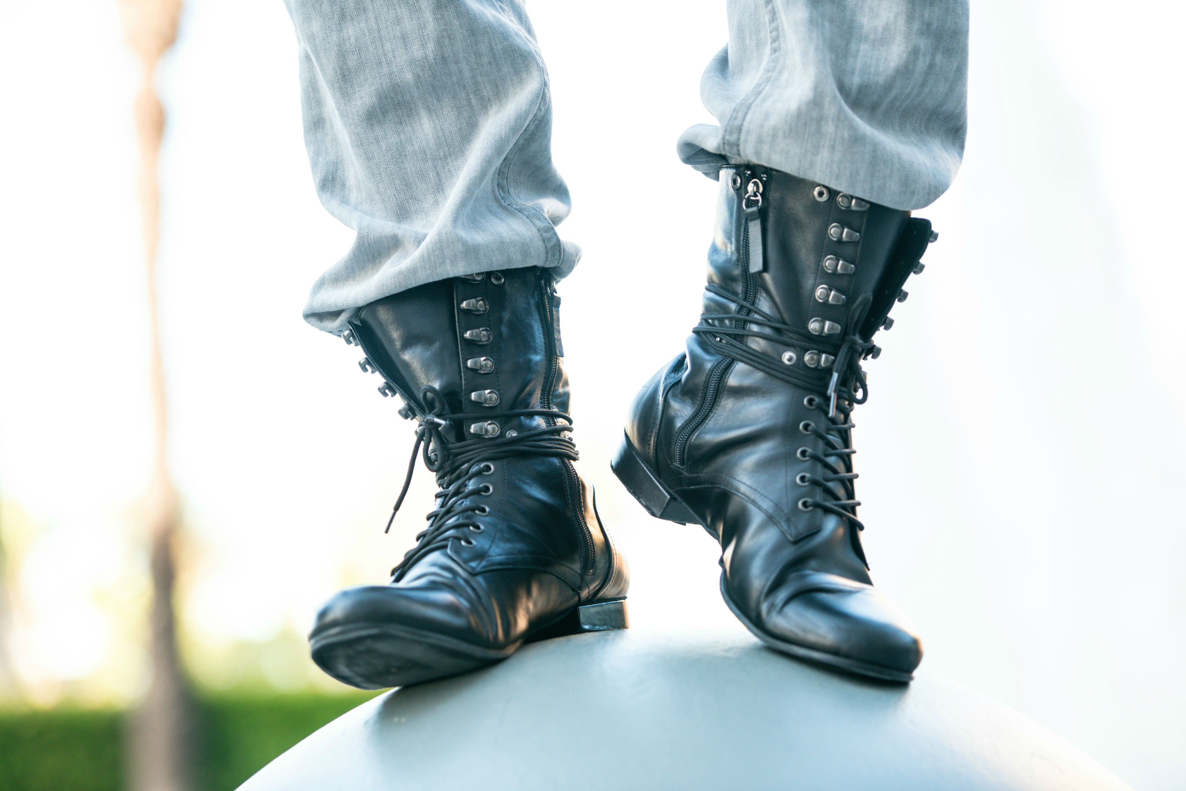 The KING Combat Boots - Black