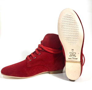 Ella lace up red, outsole