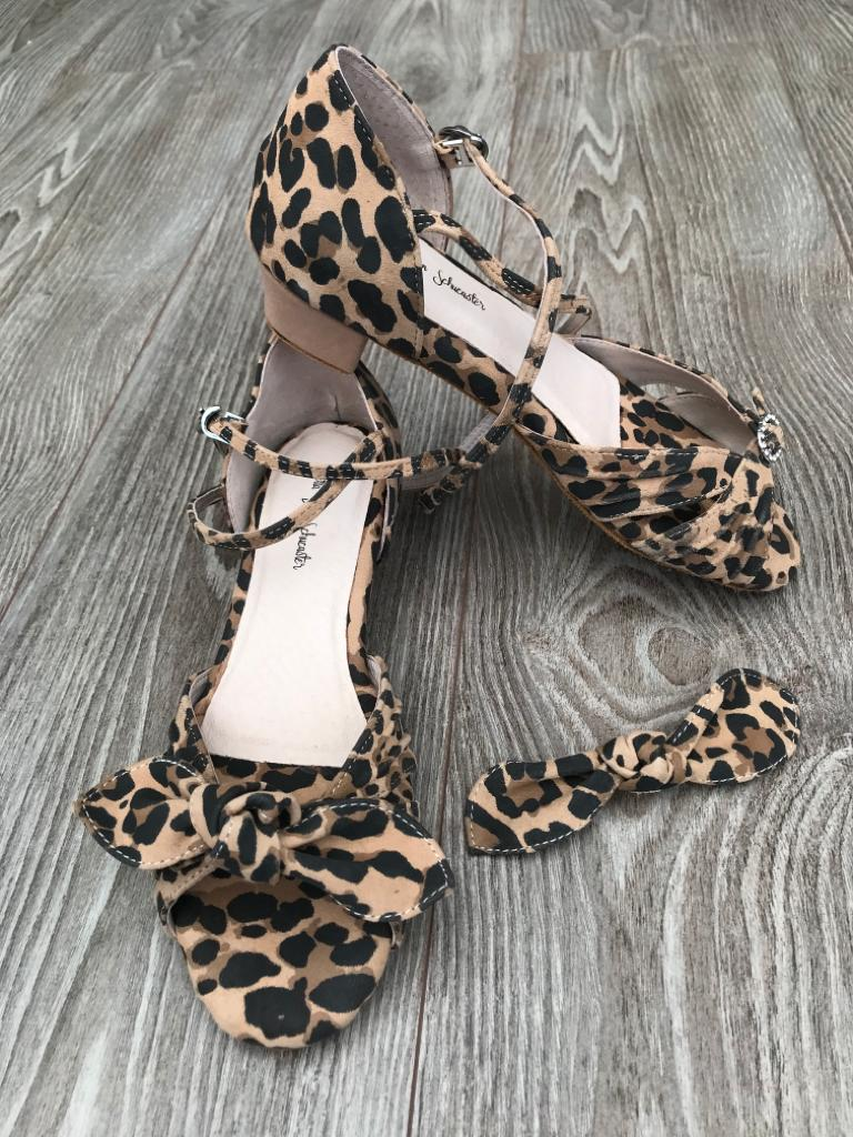 Leopard suede dance sandals