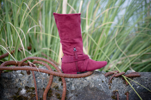 Aurora dance boots burgundy folded up with strap, zipper