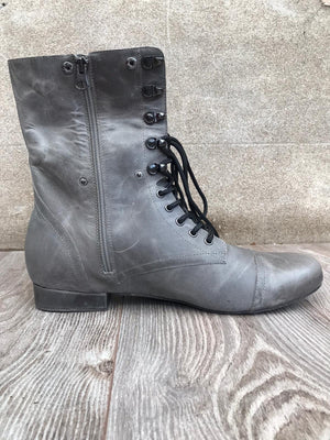 Combat Boot for Dance Distressed Grey inside angle