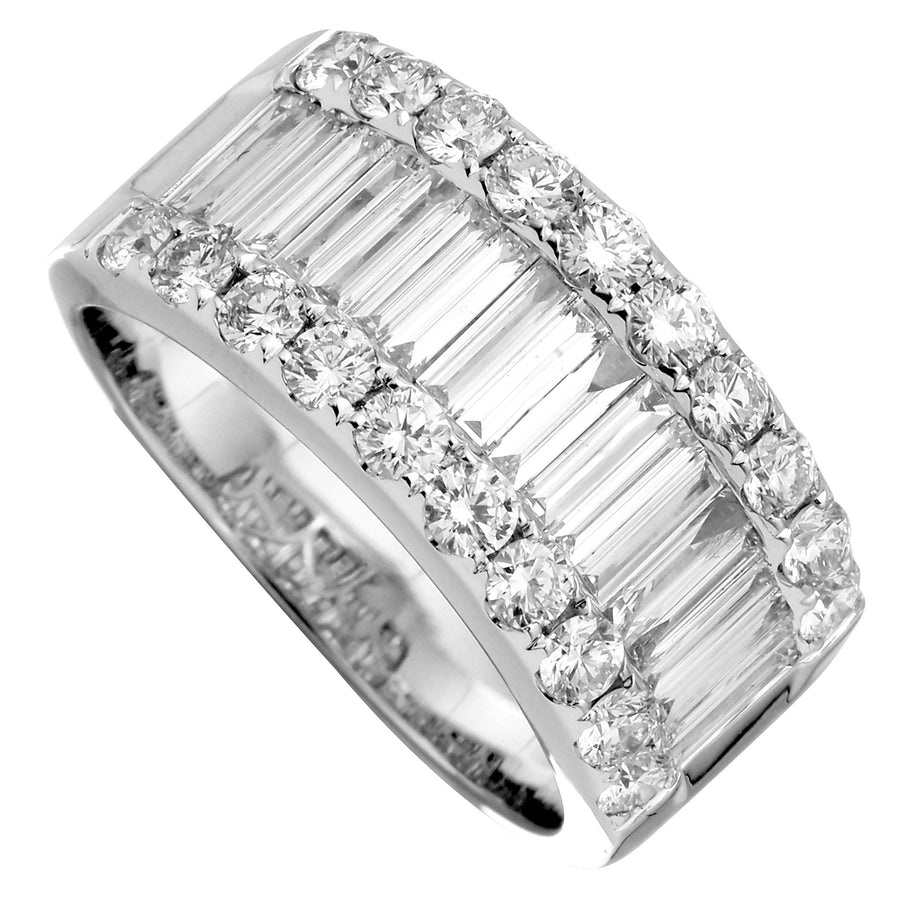 18k White Gold Diamond Baguette Round Wide Band Ring (1 3/4 cttw, G-H Color, SI1-SI2 Clarity)