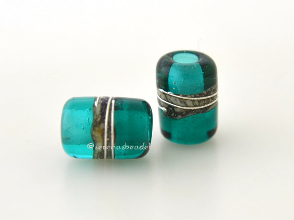 Teal Green Mini Night Owl #2091 - Serena's Beadery