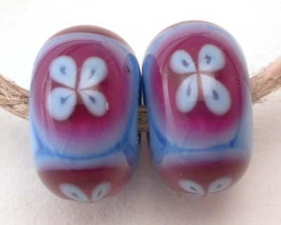 4 Petal Periwinkle and Rubino one pair of periwinkle beads with big hot pink dots topped with blue 4 petaled flowers 6x12 mm 2.5 mm hole Glossy,Matte
