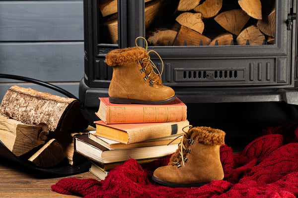 3 winter looks with our warm and cozy Amy boots | Age of Innocence