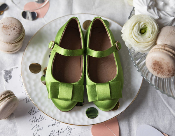 4 cool looks with our  Ellen Satin green shoes | Age of Innocence