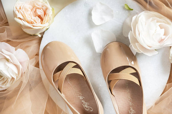 3 sweet looks Mira ballerinas shoes | Age of Innocence