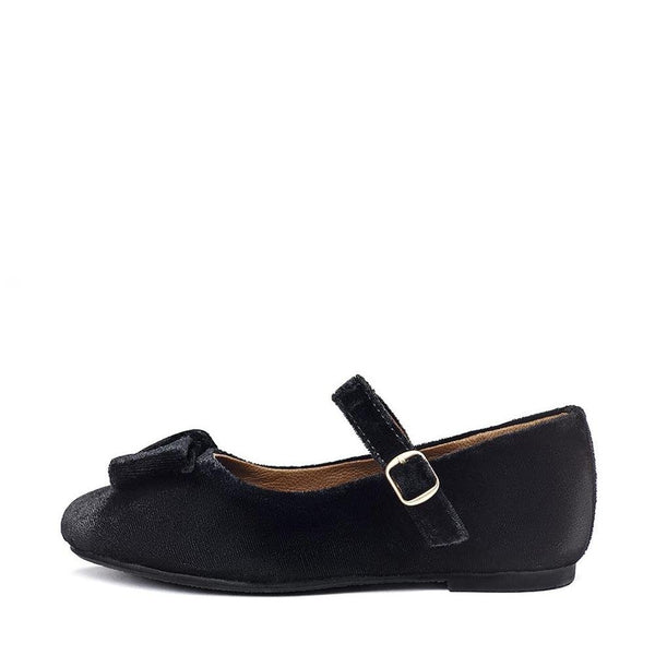 Ellen Velvet Black Shoes by Age of Innocence