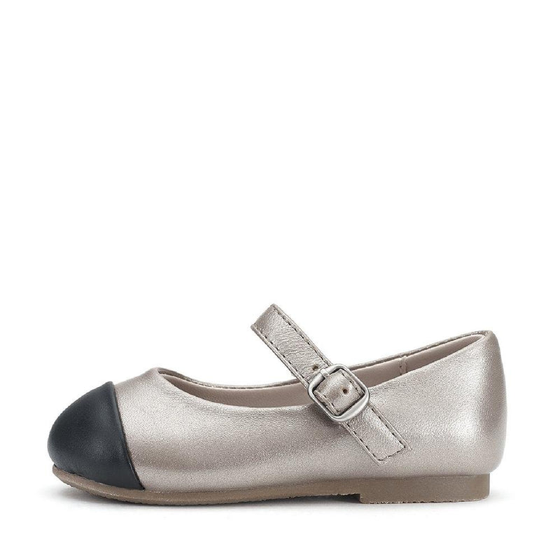 Alexa Silver Shoes by Age of Innocence