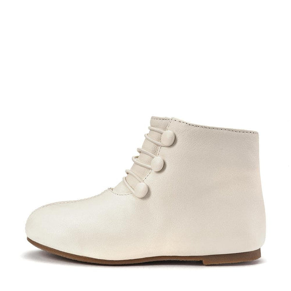 Vivian Milk Boots by Age of Innocence