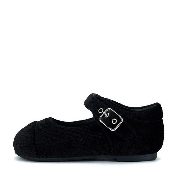 Jenny Velvet Black Shoes by Age of Innocence