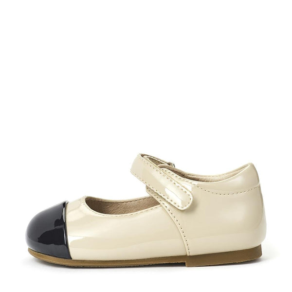 Jenny PL Beige/Black Shoes by Age of Innocence