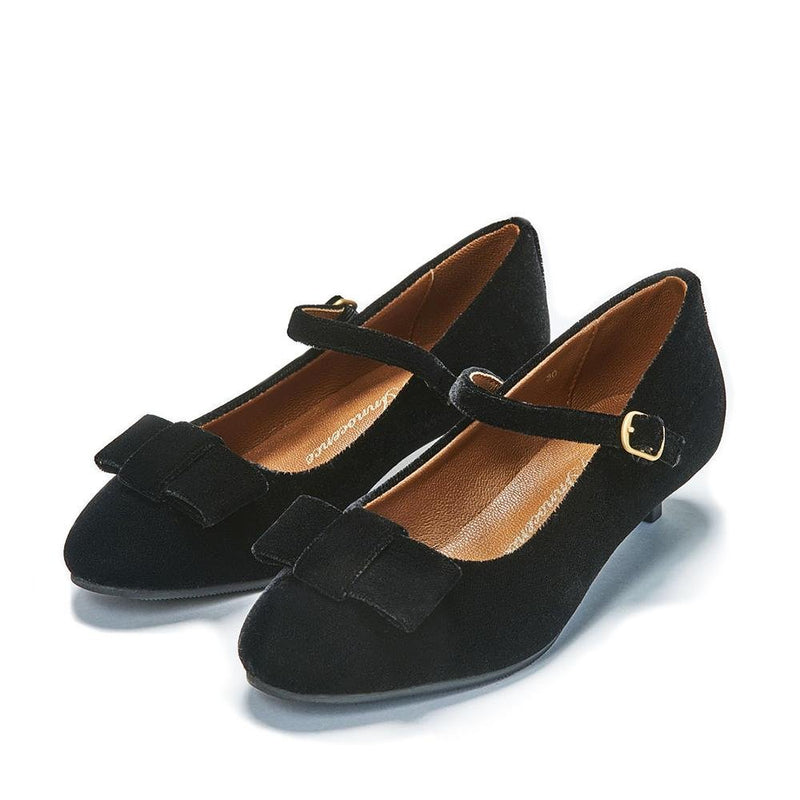 Ellen 2.0 Velvet Black Shoes by Age of Innocence