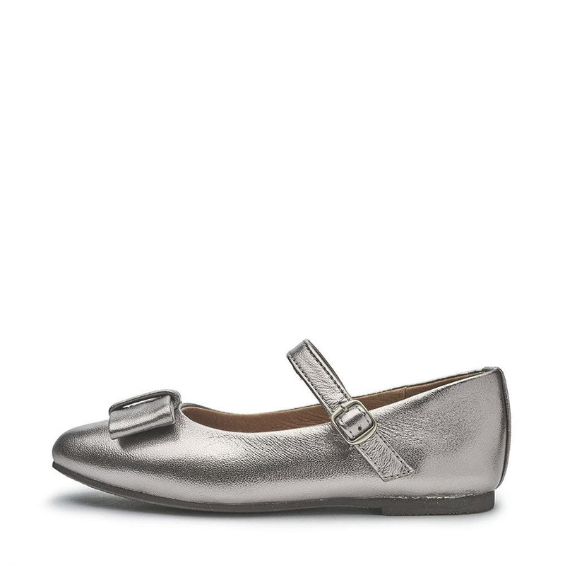 Ellen Leather Silver Shoes by Age of Innocence