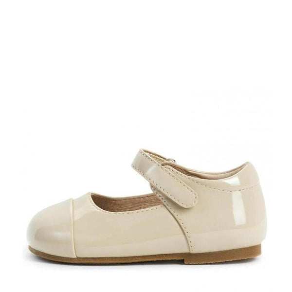 Jenny PL Beige Shoes by Age of Innocence