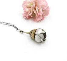 Load image into Gallery viewer, Full Of Love Custom Handwriting Flower Locket