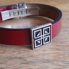 Load image into Gallery viewer, WINDOWS, Set of Cufflinks and Bracelet, Sterling Silver and Natural Leather