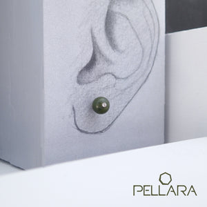 Sterling silver natural gemstone stud earrings contains a sparkling piece of Cubic Zirconia. Very light and hypo-allergenic, 6mm or 8mm beads. Jade
