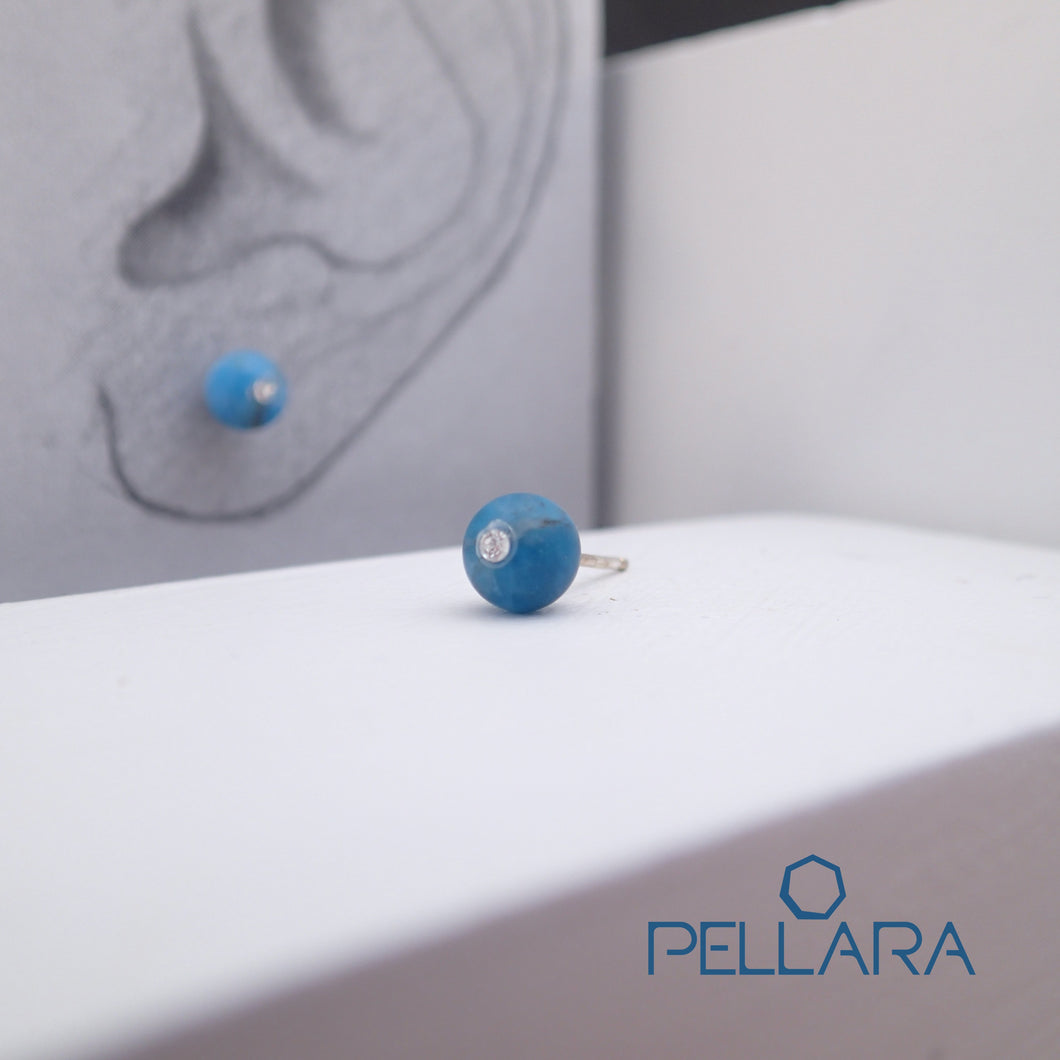 Sterling silver natural gemstone stud earrings contains a sparkling piece of Cubic Zirconia. Very light and hypo-allergenic, 6mm or 8mm beads. Apatite