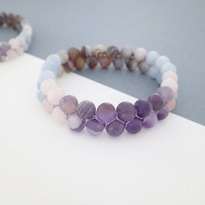 Gemstone bracelet, Essence of Memory by Pellara. Made of Agate, Amethyst and Beryl. Birthstone gift for Aries, Leo, Virgo and Pisces zodiacs.