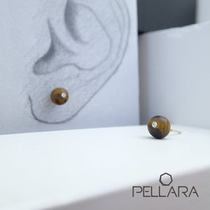 Sterling silver natural gemstone stud earrings contains a sparkling piece of Cubic Zirconia. Very light and hypo-allergenic, 6mm or 8mm beads. Tiger Eye Family