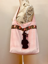 Load image into Gallery viewer, Baby Pink Velvet Bag