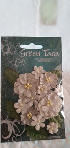 GREEN TARA Flowers - Pastal Grey