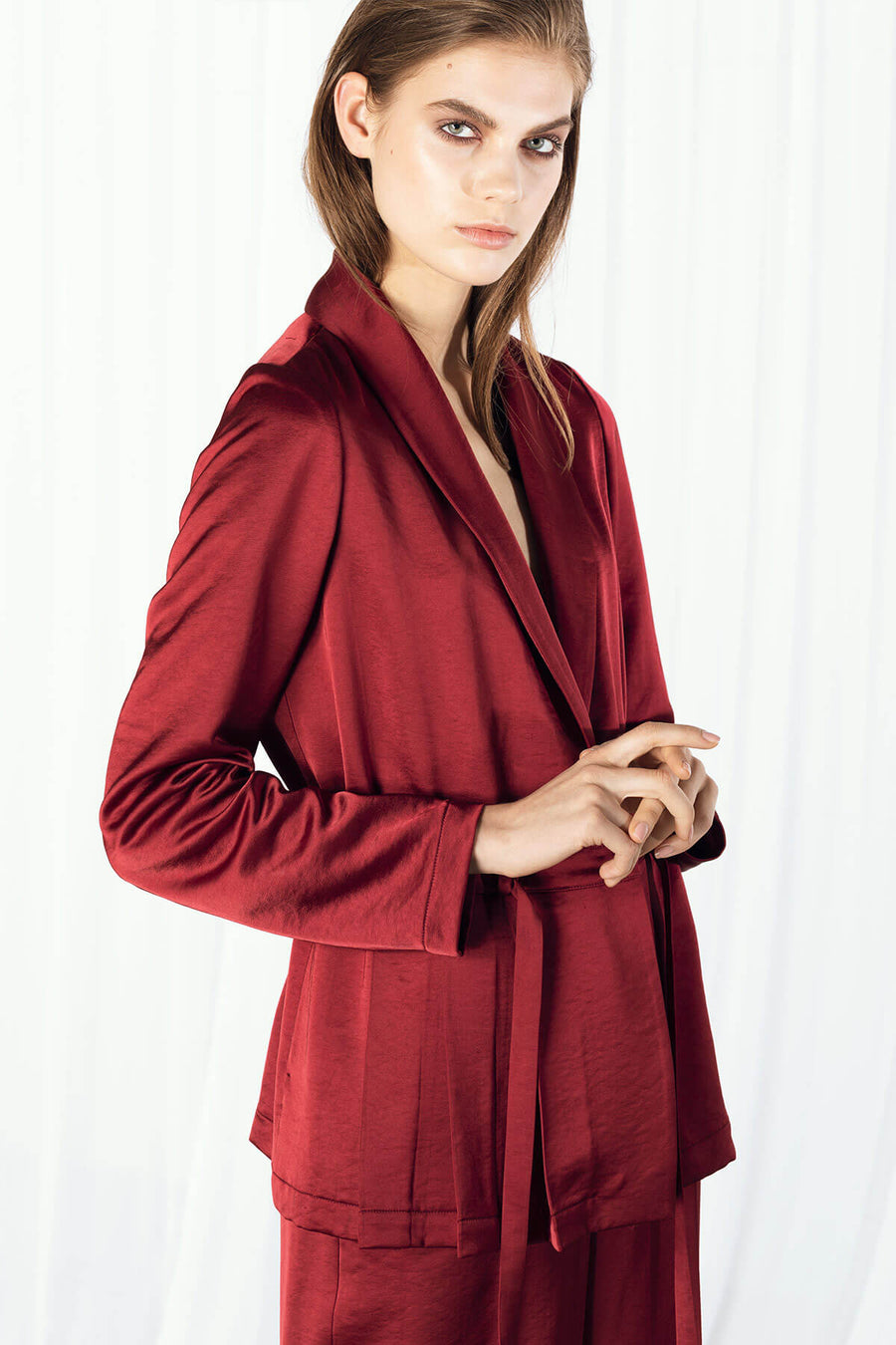 CURDIE Viscose Pleated Jacket - Burgundy