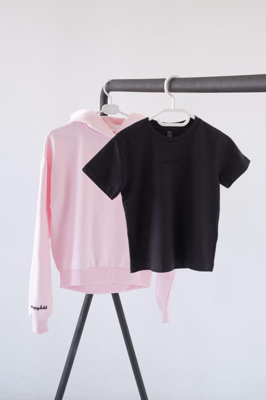 KÄT COPYKÄT cropped hoodie in light pink and junior t-shirt in black