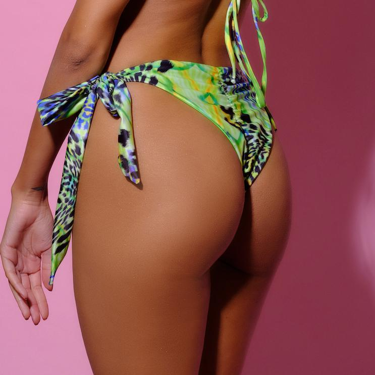 Bottom-Lemonade Slip-Siberica Swim-Only Bottom Match with Top to complete the look Scrunch bum Brazilian bottom High quality double fabric with lining Rhinestone jeweled details Glass stone jewelry Model wears size Medium Bikini for woman Brand: Siberica Swim Care Instructions-XS-