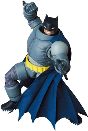 DC Mafex Batman The Dark Knight Returns Armored Batman Action Figure #146 Pre-Order