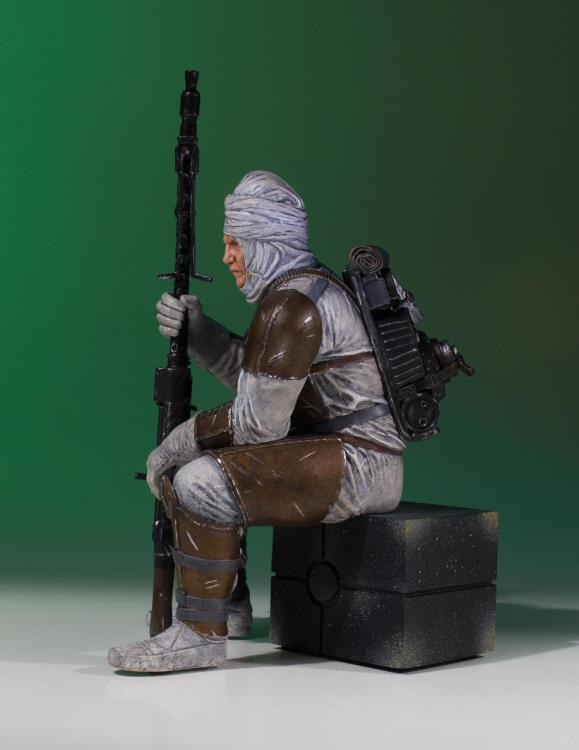 Star Wars Gentle Giant Collectors Gallery Dengar Statue Pre-Order