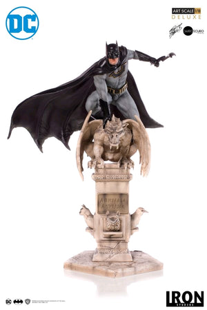 DC Iron Studios Batman Eddie Barrows Deluxe 1:10 Scale Statue