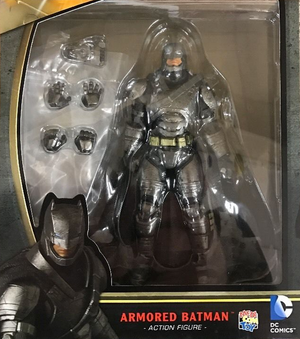 DC Mafex Batman V Superman Armored Batman Action Figure #23 - Action Figure Warehouse Australia | Comic Collectables