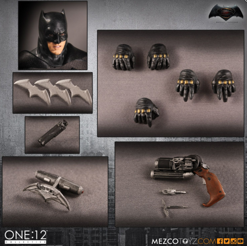 DC Mezco Batman v Superman Batman One:12 Scale Action Figure
