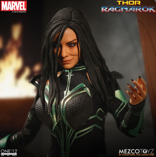 Marvel Mezco Thor Ragnarok Hela One:12 Scale Action Figure Pre-Order