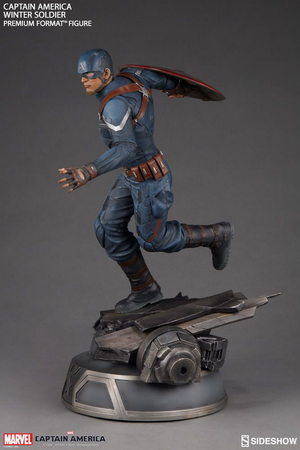 Marvel Sideshow Collectibles Captain America Winter Soldier Premium Format 1:4 Scale Statue