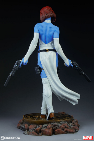 Marvel Sideshow Collectibles X-Men Mystique Premium Format 1:4 Scale Statue