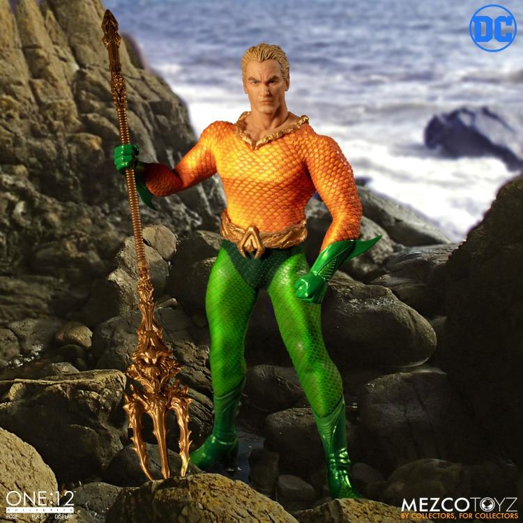 DC Mezco Classic Aquaman One:12 Scale Action Figure