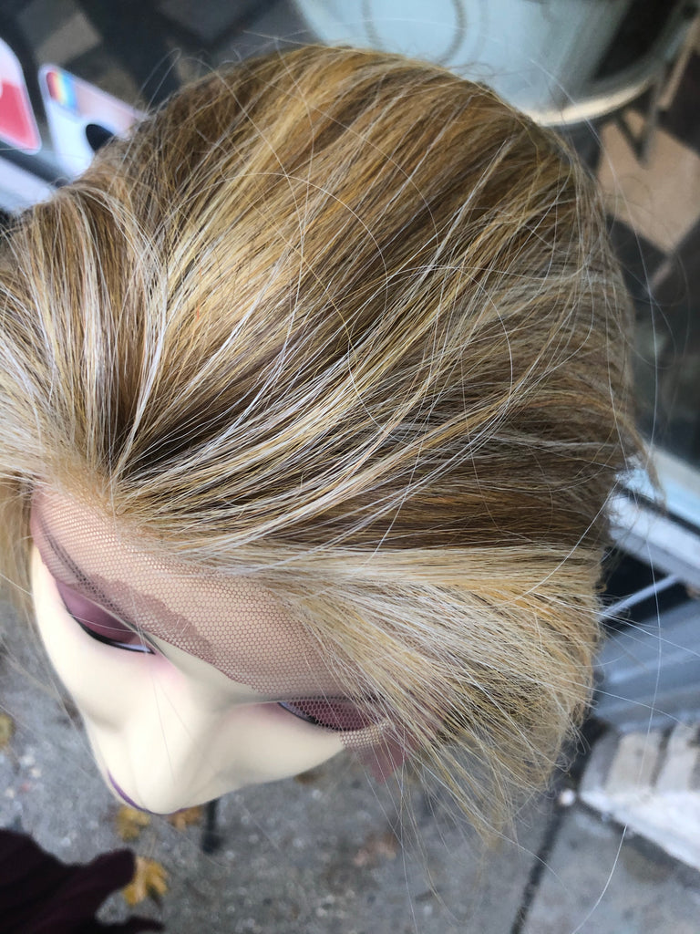 Lexi Light color lace bleach knots