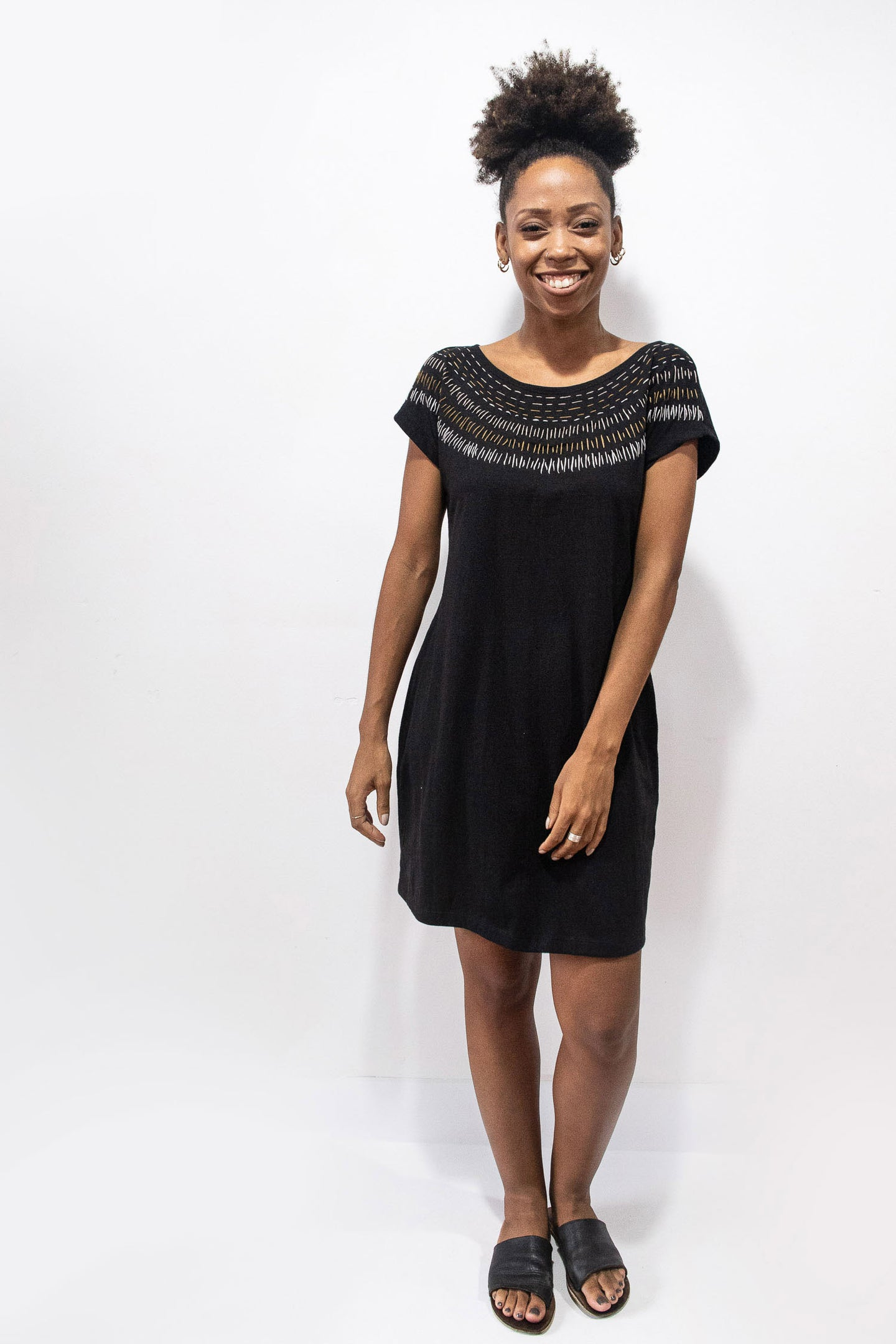 Tonle | T-Shirt Dress in Black w/ Sunburst Embroidery