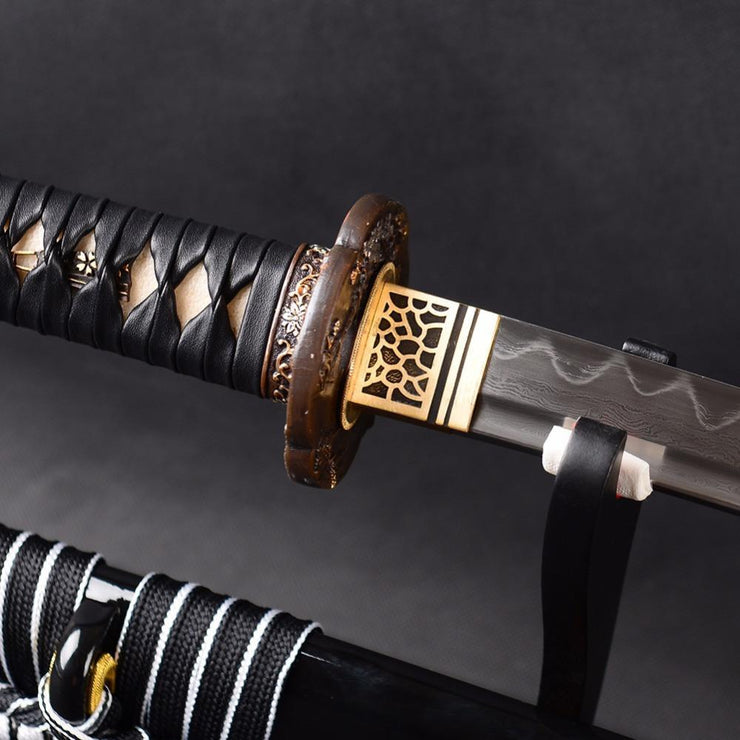 Hisamatsu Clay Tempered Folded Steel Katana Samurai Sword