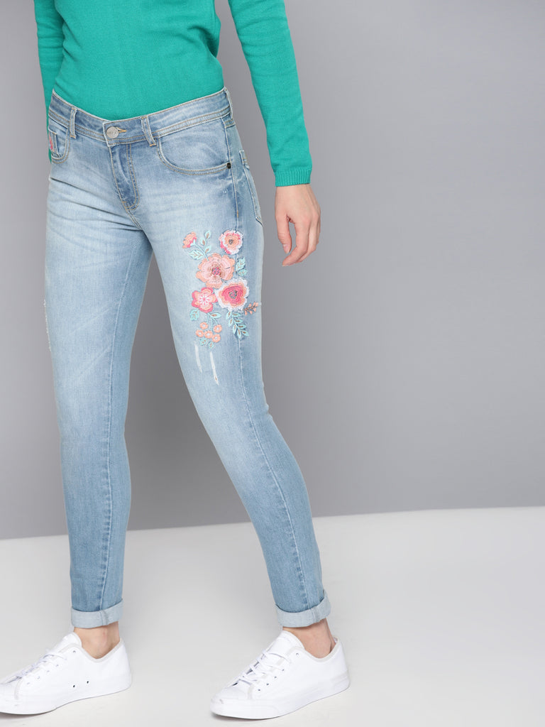 Regular Fit High-Rise Clean Look EmbroideStretchable Jeans