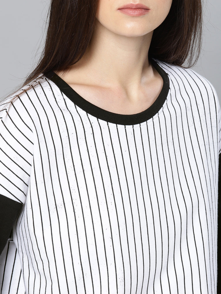 EXTENDED SHOULDER  F/S TEE