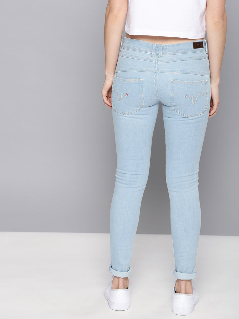 Regular Fit Mid-Rise Clean Look Embellished Stretchable Jeans