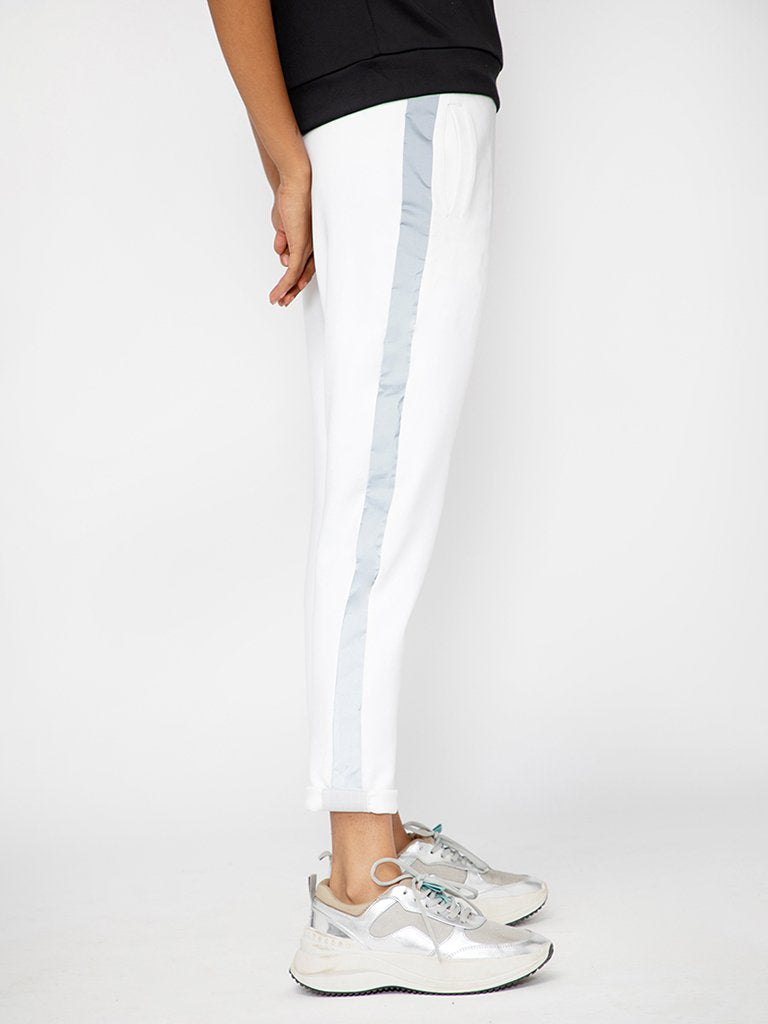 White Regular Fit Solid Joggers