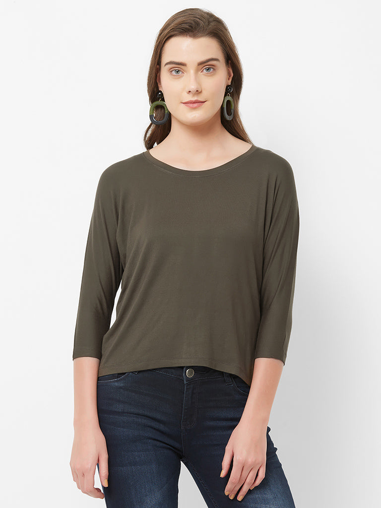 ROUND NECK BATWING SLEEVE TOP