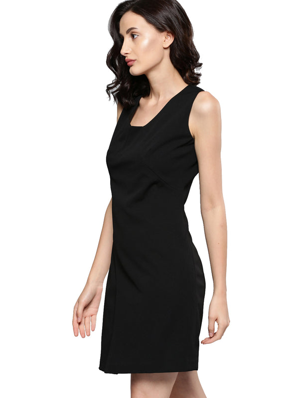 Black Solid Sheath Dress