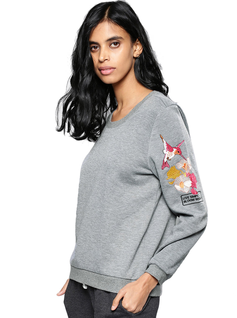 grey slv emb'd sweat