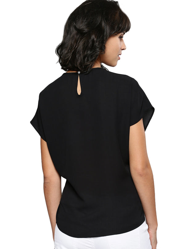Black Solid Top Short Sleeves